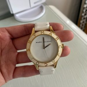 Marc Jacobs Watch Gold Hardware w leather strap